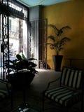 Sonnenbeschiene Lobby Lizenzfreies Stockfoto