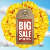 Sonnenblume mit blauem Himmel - Herbstverkauf ENV 10 Lizenzfreies Stockfoto