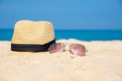 Sonnenbrille mit Hut Lizenzfreie Stockfotos