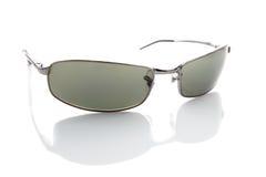 Sonnenbrillen auf Weiß Lizenzfreies Stockfoto