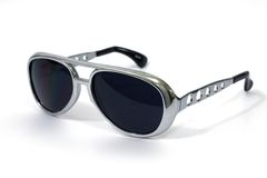 Sonnenbrillen getrennt Stockfotografie