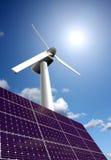 Sonnenenergiepanel und WindTriebwerkanlage stockfotografie