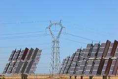 Sonnenenergiestation stockbild