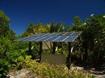 Sonnenkollektor auf einer Tropeninsel