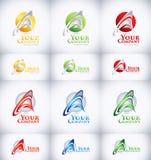 Sonnenkollektor und Zeichen für alternative Energie Lizenzfreies Stockbild