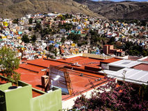 Sonnenkollektoren auf Dachspitze Guanajuato Mexiko Lizenzfreies Stockfoto