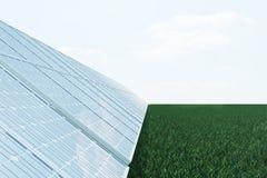 Sonnenkollektoren der Illustration 3D auf Himmelhintergrund Alternative saubere Energie der Sonne Energie, Ökologie, Technologie Stockbild