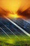 Sonnenkollektorhintergrund Stockfotos