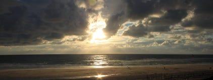 Sonnenscheinstrand biscarosse stockfoto