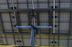 Sonnensystem, Solarkraftwerk mit aufspürbarem Elemente Detail V lizenzfreie stockbilder