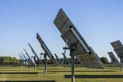 Sonnensystem, Solarkraftwerk mit aufspürbaren Elementen im sunsh stockfoto