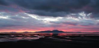 Sonnenuntergang über Berg Stockfotografie
