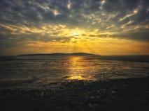 Sonnenuntergang über Brean unten lizenzfreie stockbilder
