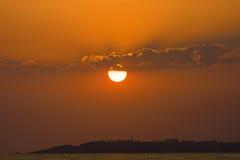 Sonnenuntergang über dem Meer Lizenzfreie Stockfotografie