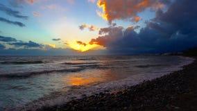 Sonnenuntergang über dem Meer in Spanien stock video footage