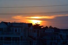 Sonnenuntergang über dem Schacht Lizenzfreies Stockbild