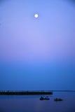Sonnenuntergang über dem Schacht Lizenzfreie Stockfotos