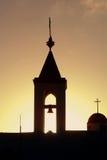 Sonnenuntergang über der alten Akko Kirche Lizenzfreies Stockfoto