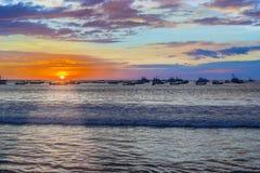 Sonnenuntergang über der Bucht in San Juan del Sur, Nicaragua stockfotos