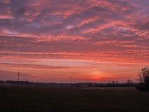 Sonnenuntergang über der Ebene stockbilder