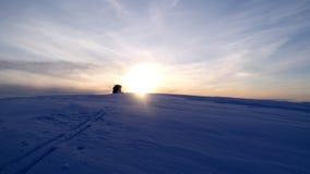Sonnenuntergang über einem Steinhaufen Lizenzfreies Stockfoto