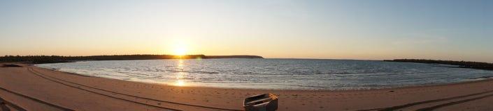 Sonnenuntergang über Flitterwochen-Bucht Lizenzfreies Stockfoto