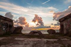 Sonnenuntergang über Forts Lizenzfreie Stockbilder