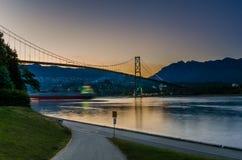 Sonnenuntergang über Löwe-Tor-Brücke Lizenzfreie Stockfotos