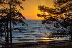 Sonnenuntergang über Meer lizenzfreies stockbild