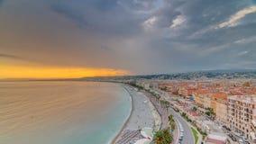 Sonnenuntergang über Nizza Stadt und Mittelmeer Luft-timelapse stock video footage