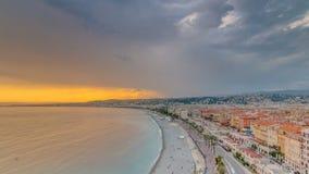 Sonnenuntergang über Nizza Stadt und Mittelmeer Luft-timelapse stock video