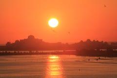 Sonnenuntergang über Palast Lizenzfreie Stockbilder