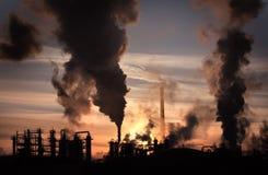 Sonnenuntergang über thy Fabrik Lizenzfreie Stockfotografie