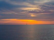 Sonnenuntergang in adriatischem Meer Lizenzfreie Stockbilder