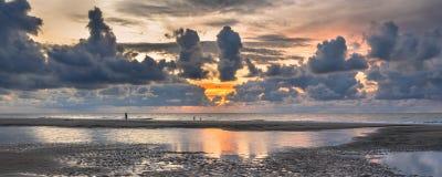Sonnenuntergang-Ansicht über Nordsee lizenzfreie stockfotografie