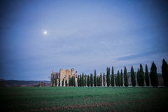Sonnenuntergang auf Abtei Sans Galgano, Toskana Lizenzfreies Stockfoto