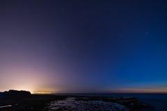 Sonnenuntergang auf Achziv-Strand Lizenzfreie Stockbilder