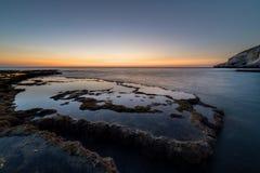 Sonnenuntergang auf Achziv-Strand Lizenzfreies Stockbild