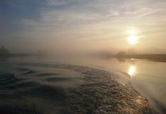Sonnenuntergang auf dem Fluss Trent Nottingham stockbilder