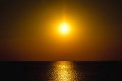 Sonnenuntergang auf dem Golf von Finnland Stockfotos