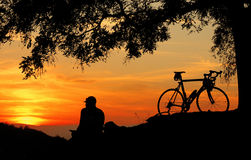 Sonnenuntergang auf dem Hügel Stockfoto