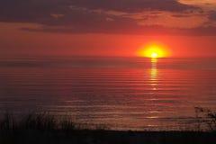 Sonnenuntergang auf dem Meer Stockfoto