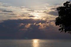 Sonnenuntergang auf dem Meer Lizenzfreie Stockfotografie