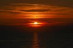 Sonnenuntergang auf dem Meer Lizenzfreie Stockfotos