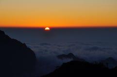 Sonnenuntergang auf dem moutain Bach Moc Luong Tu Stockbild