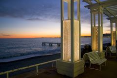 Sonnenuntergang auf dem Promenaden-DES Nizza Anglais - - Frankreich Stockfotografie