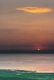 Sonnenuntergang auf dem See Stockbild