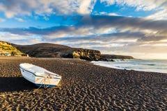 Sonnenuntergang auf dem Strand-Ajuy, Fuerteventura, Kanarische Inseln, Spanien stockbilder
