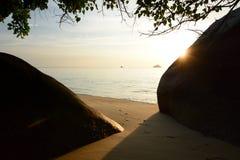 Sonnenuntergang auf dem Strand Ko Adang Satun-Provinz thailand Stockbilder