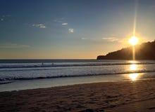 Sonnenuntergang auf dem Strand in San Juan del Sur Stockbild